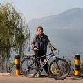 在西昌环海休闲骑行