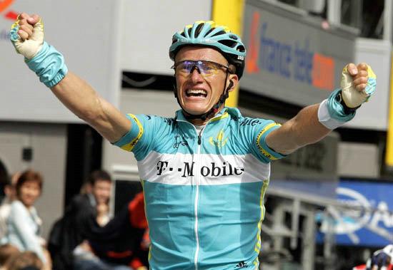 自行车名将维诺库罗夫宣布在伦敦奥运会后退役