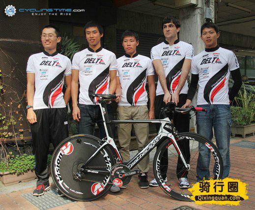 台湾首支国际精英铁人三项队正式成军(图文)