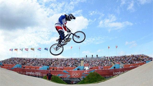 奥运第二次举办BMX小轮径赛 48名选手激战三天