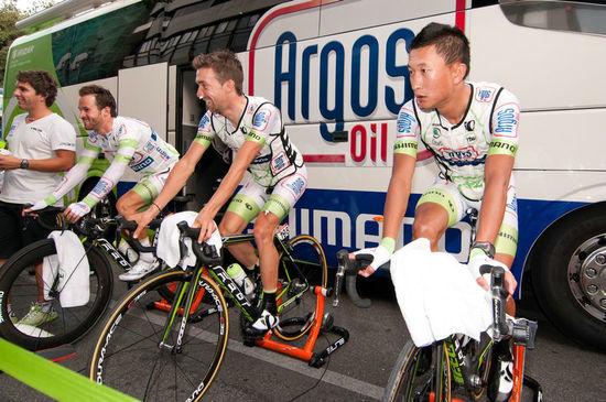 环西班牙自行车赛揭幕 中国车手计成首度参赛