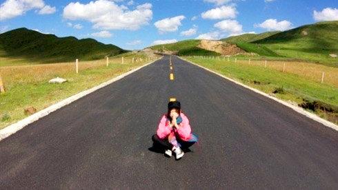 Yakaka Queen(女王也瘋狂)川藏騎行直播