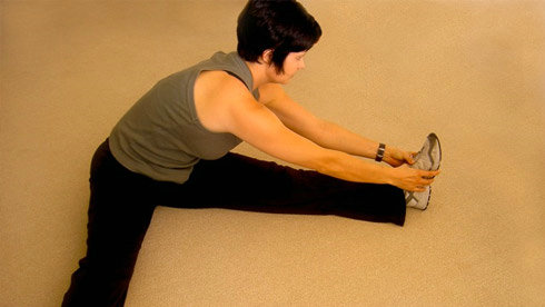 初学者指南:简单几个步骤 摆脱肌肉酸痛
