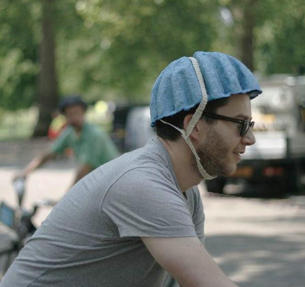 1.5美元的纸头盔让自行车友共享安全