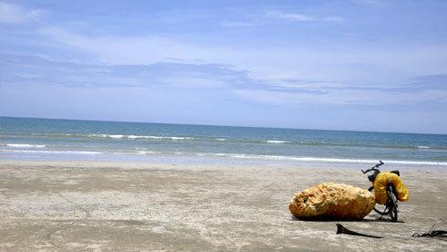 追着那片蔚蓝狂飙——单骑海南岛东线观海之旅