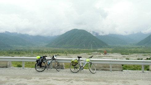 骑行成都-西昌-泸沽湖-(泸亚路)-稻城亚丁-香格里拉