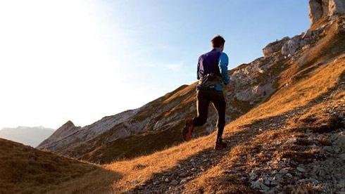 铁人三项越野跑步避免受伤的关键技巧