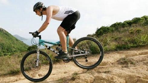 骑自行车要注意身体姿势(图文)
