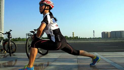掌握正确的骑行放松方式 避免骑行运动后的误区