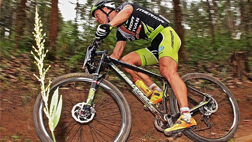 关于骑车锻炼时膝盖疼的原因解析
