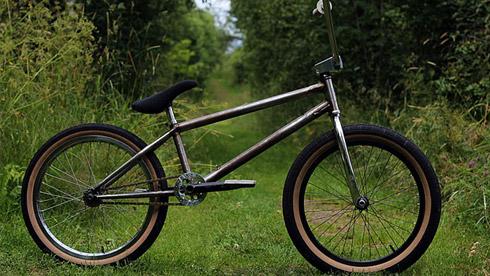 来自瑞典迈克·弗里斯克的定制BMX自行车