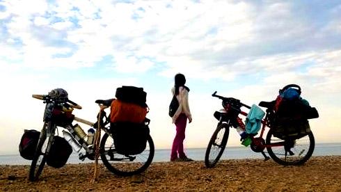 """2辆单车,一年半,80后小夫妻穿越亚非大陆的""""骑迹"""""""