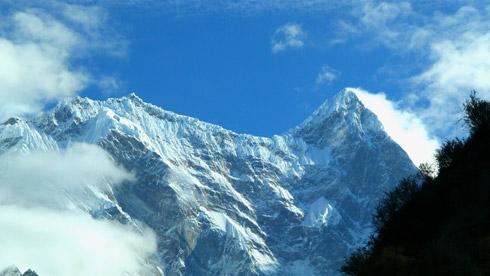 西藏:揭开名山之首南迦巴瓦峰的神秘面纱