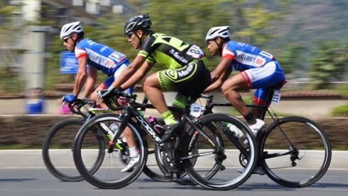 自行车运动营养的黄金法则——避免空腹运动
