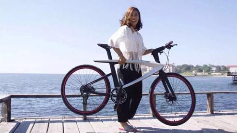 乐视智能自行车体验评测:5999元银色碳纤维版表现惊艳
