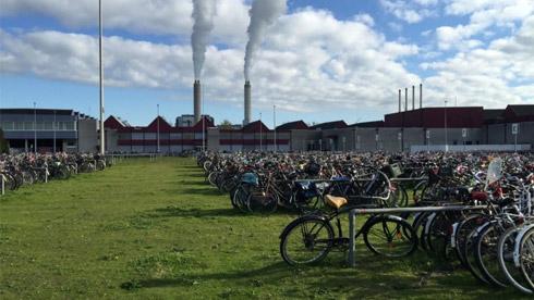 荷兰有几千万的自行车,为何没出现停车难的问题?