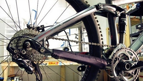 装备技巧:关于自行车链条长度该如何选择和调整