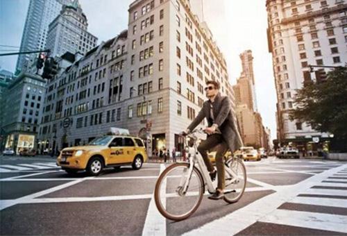 BESV智能自行车成时尚新伴侣 引领奢华轻运动风潮