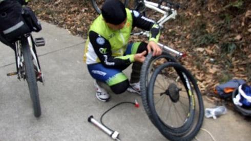重庆时时彩开奖结果中,如何降低自行车爆胎几率