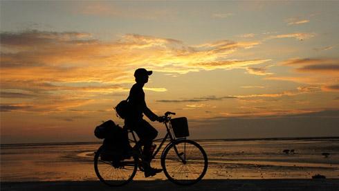 我们为什么要骑自行车去旅行?