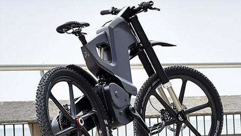 电动自行车中的悍马 触控屏操作跑的比汽车快