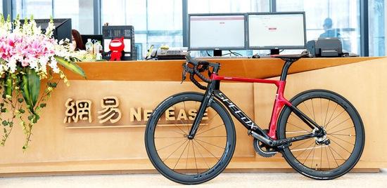 野兽骑行推智能自行车SpeedX:3999元起