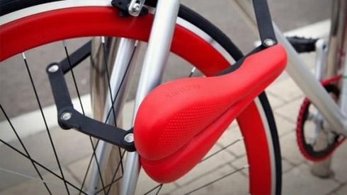座椅秒变车锁的自行车 看谁敢偷我车