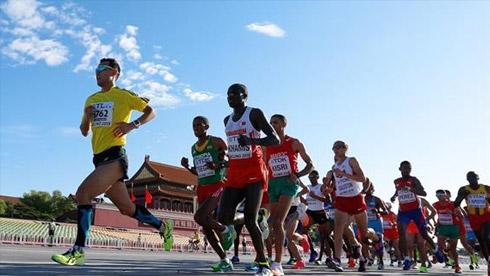 中国城市马拉松事故频发 盲目参加比赛未必有益