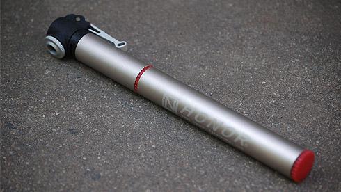小身材,大能量——欧耐便携式自行车打气筒评测
