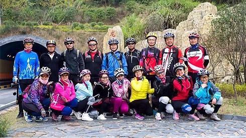 《周日骑行记》——安徽黄山兴村玖瑰节