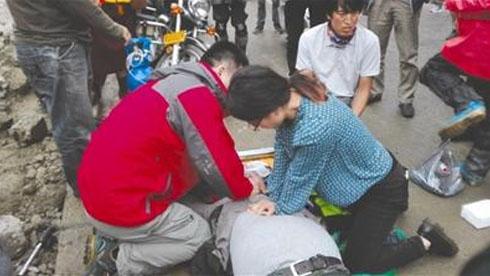 四川65岁摩友痴迷骑行 第三次骑行入藏途中遇难