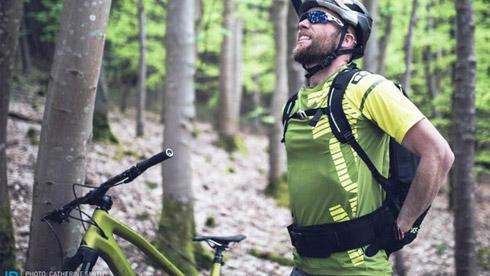 骑行健康知识:山地骑行背部疼痛原因与预防方法
