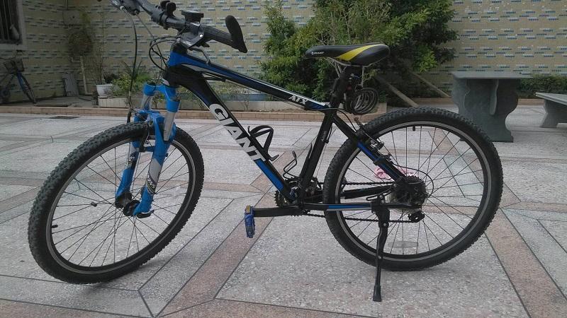 年龄问题:为什么运动自行车没有配备脚?