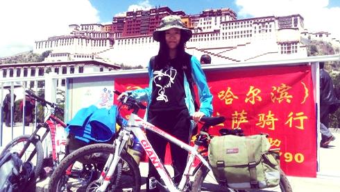 90后菜鸟女骑手重庆时时彩开奖结果川藏线,过程叫人蓝瘦香菇