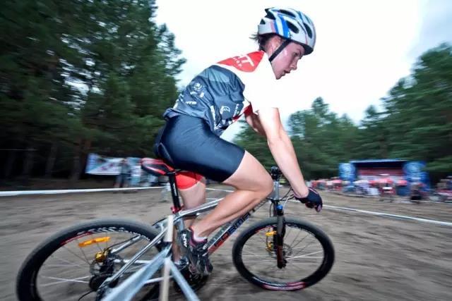 告别8种错误的骑行方式,以防止膝盖受伤